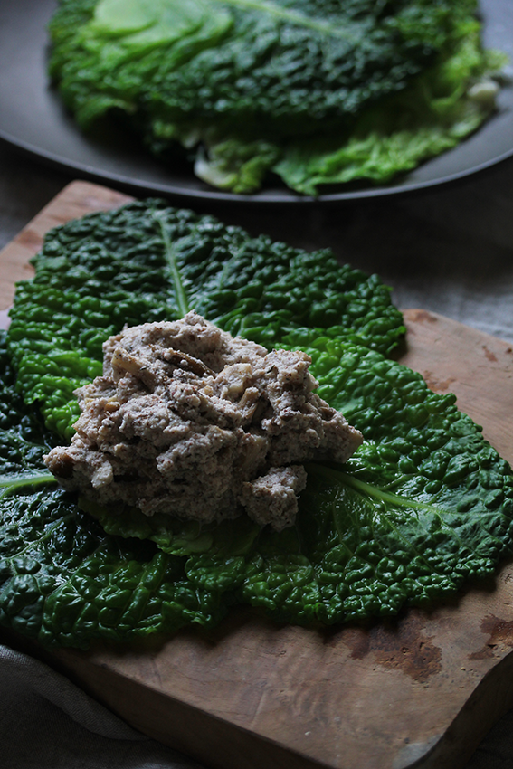 Savoy cabbage praline
