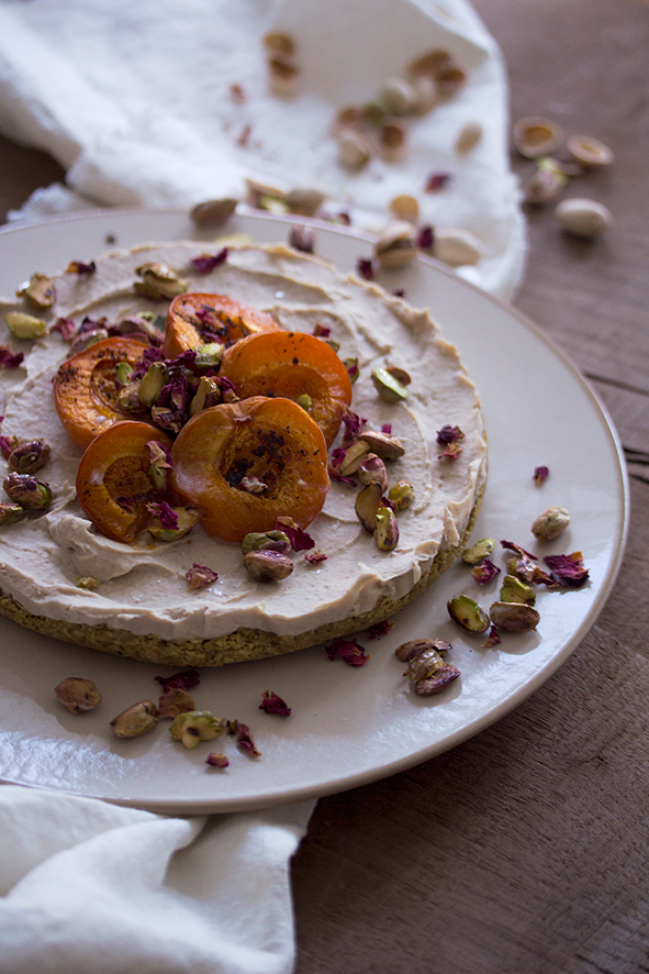 No Bake Apricot Summer Cake // From Hand To Mouth